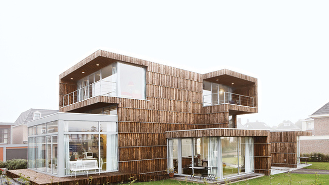 Eco Friendly Houses Built of Salvaged Materials